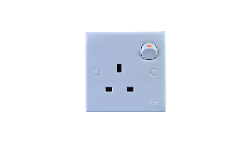 13A Switched Socket Outlet